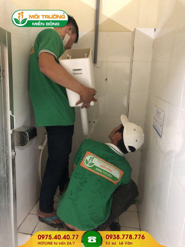 Thi công sửa chữa thiết bị nhà vệ sinh