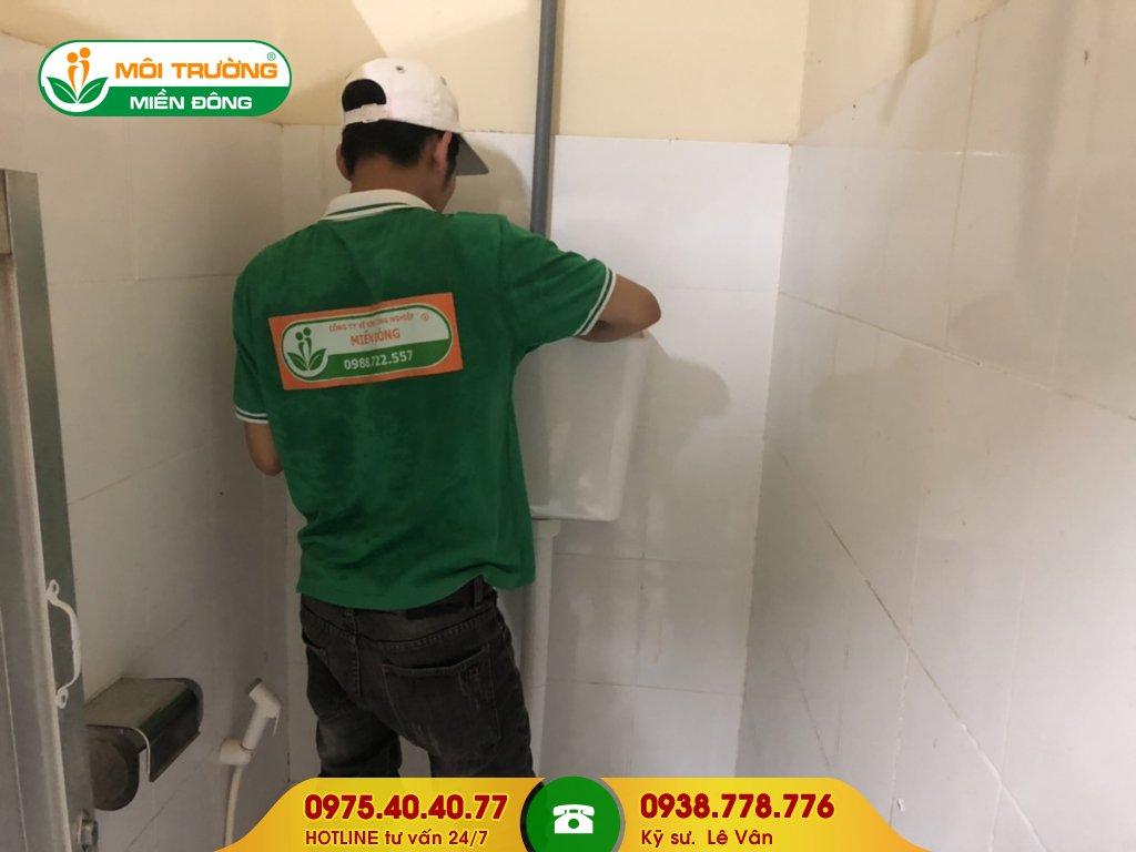 Thi công sửa chữa nhà vệ sinh toà nhà