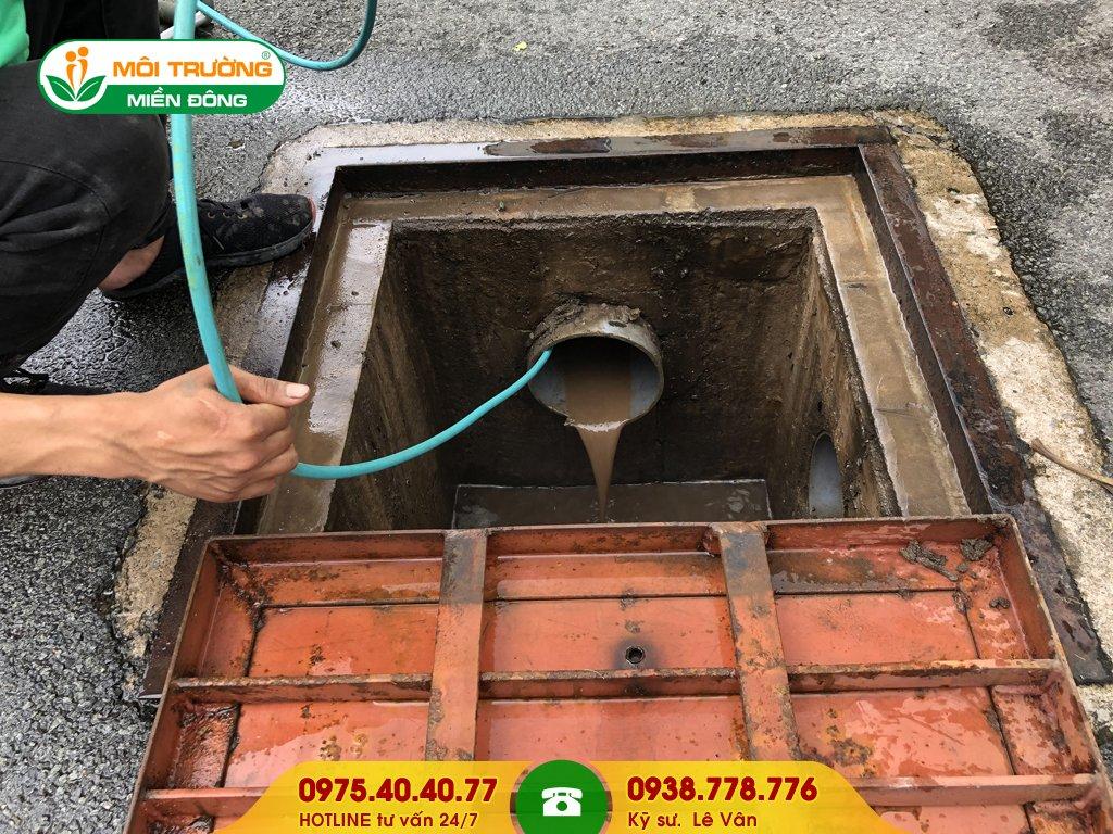 Báo giá vệ sinh đường ống thoát nước mưa
