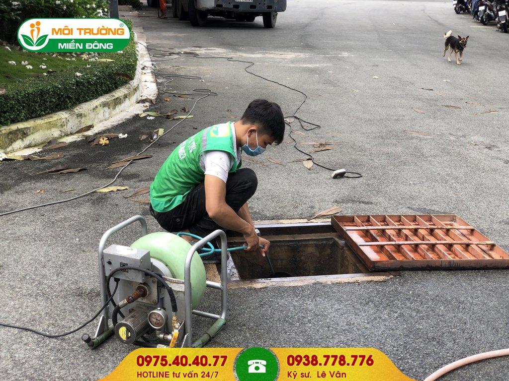 Dịch vụ vệ sinh đường ống thoát nước mưa