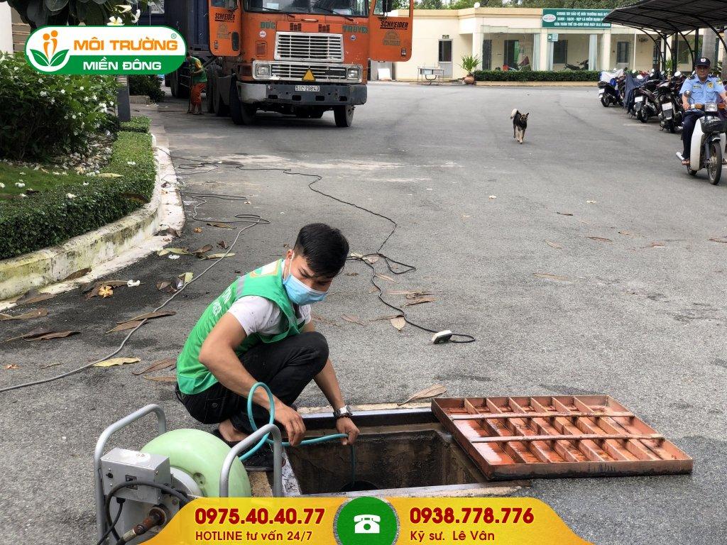 Dịch vụ vệ sinh đường ống thoát nước thải