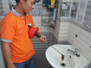 Thông tắc lavabo khu công nghiệp