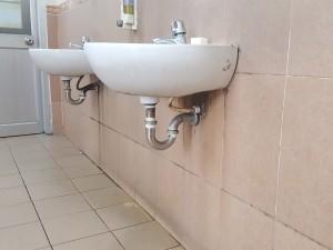 Thông tắc lavabo bệnh viện