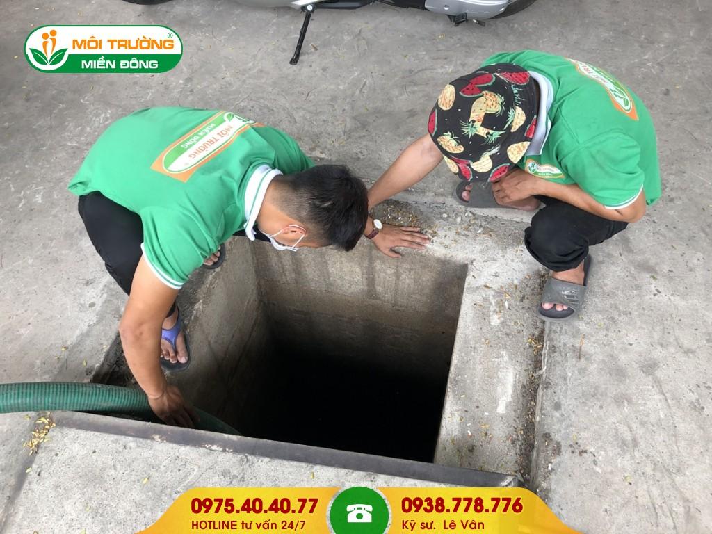 Hút hầm cầu xí nghiệp
